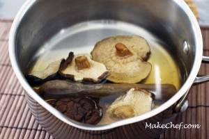Cook the sausages and mushrooms in hot boiling water for about 5 minutes.
