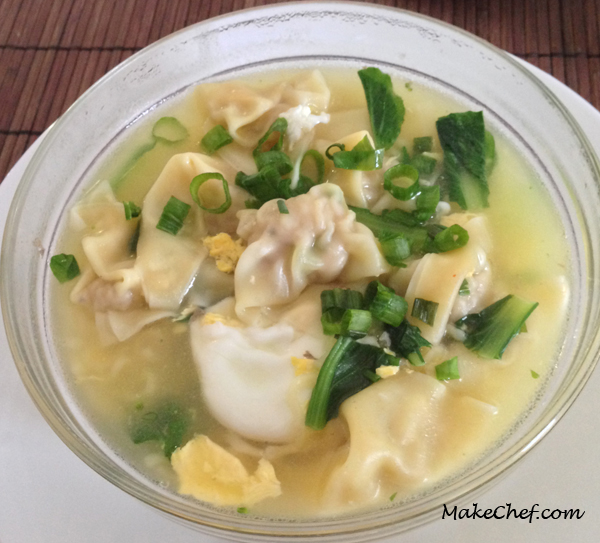 Pork dumplings with noodle